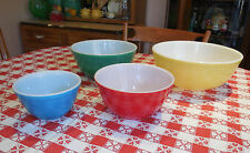 Nifty 50s Pyrex Mixing Bowls Primary Colors Shiney Red Yellow Green Blue Pretty!