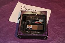 Wet n Wild Disney Villains Perfectly Arched Evil Brow Eyebrow Kit Evil Queen gel