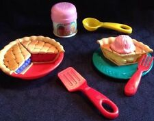 VTG FISHER PRICE Play Food Pretend Kitchen Baking PIE SURPRISE &  ICE CREAM SET