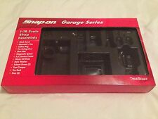 1/18 BOX FOR SNAP ON GARAGE ESSENTIALS SERIES MODIFIED GARAGE WORKSHOP DIORAMA