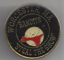 Bandits Woecester, Pa Steal The Show 1 1/2 inch Softball Pin