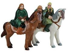 Tolkien LORD OF THE RINGS ~ HORSEBACK Magnetic Salt Pepper Shakers BOXED ~ NEW