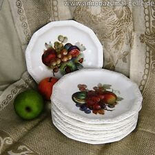 Teller mit Obstdekor/ Plates with fruit decor
