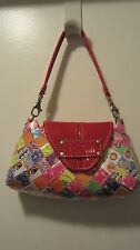 NA PatentHUI OLLIN Candy Wrapper Wristlet Dubble Bubble Small Red Patent Leather