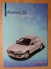 TOYOTA Avensis SE Saloon & Estate orig 1999 UK Mkt sales brochure
