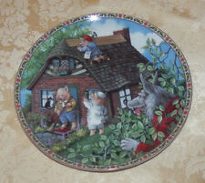 Vtg Karen Pritchett - The Three Little Pigs PLATE Once Upon A Time Series 1988