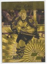 1995-96 Pinnacle Select Hockey Joe Sakic Gold Team Insert Card 8 of 10