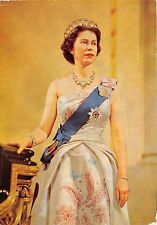 B87872 r i h m queen elizabeth II chamberlain st james  palace london royalty uk