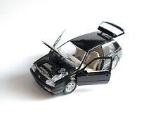 Volkswagen VW Golf 3 Mk III VR6 in schwarz nero noir negro black, Schabak 1:43!