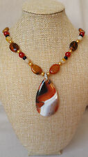 Unique FIRE agate pendant collana, SEMI-PRECIOUS Gemstone mano Perline Gioielli