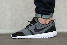 NIKE ROSHE casi como nuevo TP Tech Fleece Pack Correr Zapatillas Zapatos Casuales-UK 7 (EUR 41)