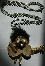 BEATLES 1964 NECKLACE PENDANT FIGURE & CHAIN JOHN LENNON  GEORGE HARRISON PAN64