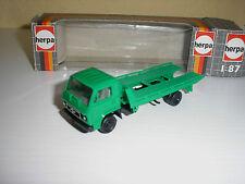 MAN LKW Abschleppwagen grün in 1:87 von Herpa