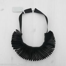 HOF115: COS Halskette band gefalten schwarz / Folded ribbon necklace black