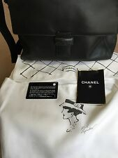 New with Box AUTHENTIC CHANEL Green Leather Shoulder Bag with Certificates