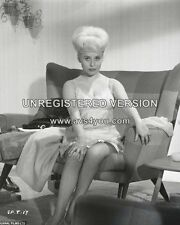 """Barbara Windsor Carry On Films 10"""" x 8"""" Photograph no 115"""
