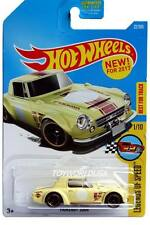 2017 Hot Wheels #22 Legends of Speed Nissan Fairlady 2000
