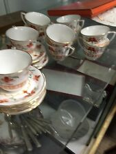 1967 Royal Worcester Chamberlain 10) Cups & Sauces