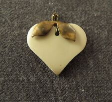 ANTIQUE 1920'S OFF WHITE GALALITH & GOLDEN METAL LEAVES HEART SHAPED PENDANT