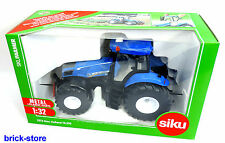 SIKU 3273 / 1:32 SIKU Farmer / New Holland T8.390