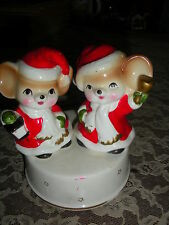 """1950's Porcelain Music Box - Christmas Mice- Plays """"The Mickey Mouse Club"""" Song"""