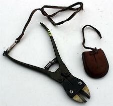 WW2 ERA SWEDISH ARMY WIRE CUTTERS & LEATHER POUCH