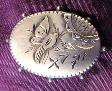 Wonderful antique Victorian Silver brooch with flying Bee