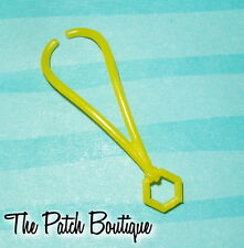 MONSTER HIGH FRANKIE STEIN DOLL FASHION OUTFIT REPLACEMENT YELLOW BOLT NECKLACE