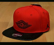 New Nike AIR JORDAN RETRO 2 SNAPBACK Hat Cap  724891-687 RED/BLACK Adult Bulls