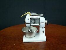Timex Collectible Vintage Mixing Bowl Mini Clock Waterbury Clock Company