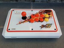 Mad Catz LE Street Fighter IV 4 XBOX 360 Arcade FightStick Tournament Edition