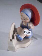 +# A013539 Goebel Archivmuster FZ38/4 Spiegelmontage Mädchen m. Schirm TMK1