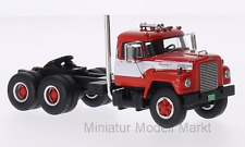 #64005 Neo International Harvester Fleetstar F-2000-D - rot/weiss - 1963 - 1:64
