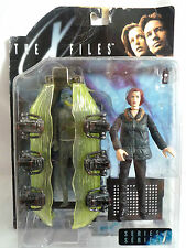 "THE X FILES / SERIES ONE FIGURE / AGENT SCULLY WITH ALIEN IN POD  6"" / SEALED"