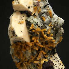 STILBITE, MICROCLINE, ALBITE, QUARTZ - Strzegom (Striegau) - POLAND