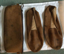 VINTAGE MEN'S BROWN LEATHER TRAVEL/PULLMAN SLIPPERS1960s inLEATHER CASE.