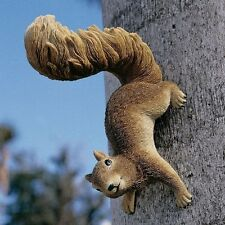 Hanging Squirrel Statue Garden Statuary Resin Home Decor Sculpture Lawn Yard Art