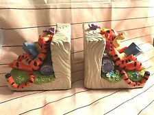 Disney Vintage Winnie the Pooh w/ Tigger Bookends Great Shape