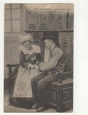 En Bretagne Autour du Lit Clos France Vintage Postcard 386a