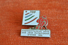 13855 PIN'S PINS JO ALBERTVILLE 92 SKI TDF RADIODIFFUSEUR RADIO TV TELE SATELLIT