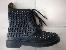 DOC DR MARTENS BLACK LEATHER BLACK SPIKE STUDDED BOOTS RARE UNISEX 6UK US:W8 M7