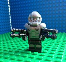 Lego GALAXY TROOPER Minifigures Spaceman Space Blasters Ray Guns 71008 Series 13