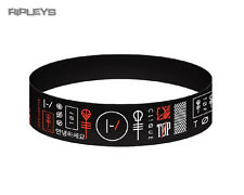 Official TWENTY ONE PILOTS Black Silicone Wristband  Clique Logo
