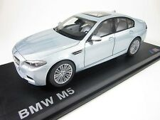 Original BMW M5 F10 silber Silverstone II metallic 1:18 Paragon DEALER EDITION 8