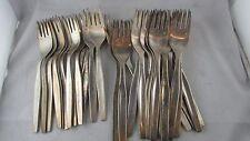 18 grandes fourchettes et 16 petites fourchettes vintage metal argenté annees 70