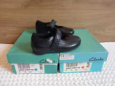 ☆ CLARKS `DAISY JUMP` BLACK LEATHER,VELCRO STRAP SHOES ..Size 7 D  .. NEW