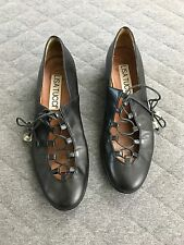 Lisa Tucci Black Leather Ballet Shoes Low Heel Lace Up US 10 Eur 40.5