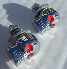 CHROME SKULL CAR NUMBER PLATE BOLTS PAIR CHROME SKULL RED EYES BRAND NEW
