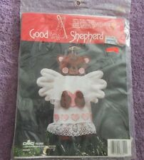 GOOD SHEPHERD VINTAGE FELT KIT  ANGEL BEAR