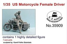 LZ MODELS US MOTORCYCLE FEMALE DRIVER SET1 Scala 1/35 Cod.35909